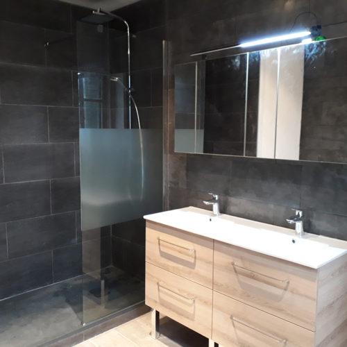 Rénovation salle de bain - Ensemble meuble salle de bain avec armoire de toilette et douche complète